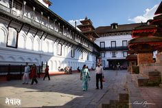 Jagannath Temple: http://tazintosh.com #FocusedOn #Photo #Bâtiment #Monument #Édifice #Building #Canon EF 24-105mm f/4L IS USM #Canon EOS 5D Mark II #Katmandou #Kathmandu