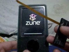 Zune 30gb fix/solution if it won't start/boot up (not frozen) - YouTube