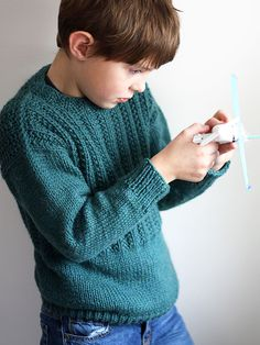 Designed in the style of classic fishermen's ganseys, Sam is a pullover perfect for your little guy.