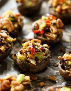 Vegan Stuffed Mushrooms | big flavor, simple ingredients | #vegan #cleaneating #glutenfree | eat healthy eat happy