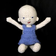 Free pattern for a crocheted baby doll. Adorable, perfect first doll for little ones.