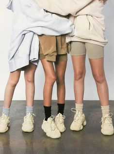Kanye West Releases Yeezy 500 'Supermoon' Sneaker Campaign On Social Media - Kanye West Releases Yeezy 500 'Supermoon' Sneaker Campaign On Social Media Yeezy Outfit, Look Cool, Cool Style, My Style, Stage Outfit, Socks Outfit, Legging Outfits, Sneaker Store, Yeezy Fashion