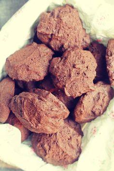 Bezglutenowe ciastka czekoladowe My Recipes, Paleo, Cookies, Food, Crack Crackers, Biscuits, Essen, Beach Wrap, Meals