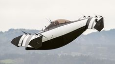 BlackFly is latest attempt at flying car - BBC News