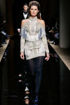 Balmain Menswear Otono Invierno 2016 2017 Looks Mujer 3