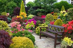 47 Stunning Border Flower Garden Ideas, You Must Try to Impressive Your Garden
