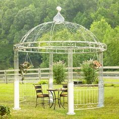 Want to build or decorate a backyard gazebo but you're low on inspiration? Read our article for amazing outdoor gazebo ideas that'll transform your garden! Iron Pergola, Curved Pergola, Outdoor Gazebos, Retractable Pergola, Backyard Gazebo, Pergola Garden, Pergola With Roof, Wooden Pergola, Pergola Shade