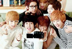 Kiseop, Dongho, AJ, Eli, Hoon, Soohyun, and Kevin of U-Kiss (유키스)