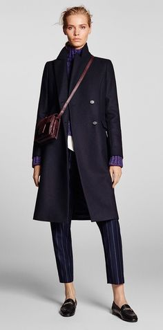 Autumn winter 2016 WOMEN´s Look 7 at Massimo Dutti for 699 - Effortless elegance! Mode Outfits, Stylish Outfits, Fashion Outfits, Womens Fashion, Business Fashion, Coats For Women, Clothes For Women, Mode Style, Work Fashion