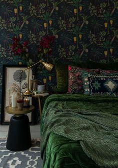 Green Master Bedroom, Home Bedroom, Bedroom Decor, Jewel Tone Bedroom, Green Interior Design, Home Interior, Green Bedroom Design, Dream Home Design, House Design