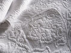 3 pc. white embroidered quilt, bedspread, duvet, coverlet in King Queen & Double in Home & Garden, Bedding, Quilts & Bedspreads | eBay!