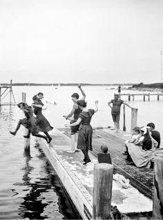 Great summer scene from Shelter Island, NY - 1904.