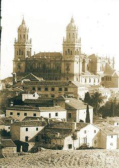 Chula, Big Ben, Paris Skyline, Spain, Travel, Iglesias, Temples, Promised Land, Andalusia Spain