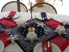 Such an awesome idea using bandanas over a white table cloth.  3 Cheers for the Red, White, and Blue!