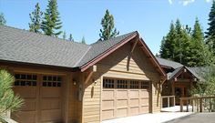🌟Luxury Home for Family & Group Gathering: 2 Living Rooms + Hot tub + Game Room - Tahoe Paradise Convertible Bed, South Lake Tahoe, Cabin, Luxury, House Styles, Home Decor, Decoration Home, Cabins, Cottage