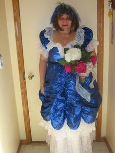 35 Wedding Dresses That Made Guests Truly Uncomfortable Source by wedding dress Wedding Dress Fails, Weird Wedding Dress, Wedding Fail, Ugliest Wedding Dress, Tacky Wedding, Ugly Dresses, Ugly Outfits, Prom Outfits, Bad Bridesmaid Dresses