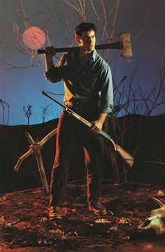 Bruce Campbell in cult classic The Evil Dead. Evil Dead Movies, Scary Movies, Horror Movies, Ghost Movies, Cult Movies, Evil Dead 1981, Ash Evil Dead, Bruce Campbell Evil Dead, Minions