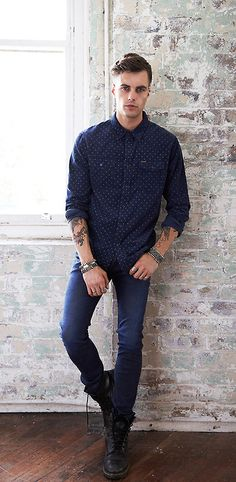 How To Wear Men's Skinny Jeans: 3 Useful Tips And 23 Looks To Recreate - Styleoholic Men's Fashion, Fashion Looks, Fashion Outfits, Sharp Dressed Man, Well Dressed, Stylish Men, Men Casual, Casual Chic, Hipster