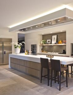 Awesome kitchen ideas are available on our web pages. Take a look and you will not be sorry you did. Open Plan Kitchen Living Room, Kitchen Room Design, Modern Kitchen Design, Home Decor Kitchen, Interior Design Kitchen, New Kitchen, Home Kitchens, Awesome Kitchen, Kitchen Ideas