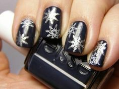 Best Holiday Manicures - snowflakes, essie, black and silver