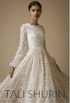 Astonishing Wedding dresses bohemian mermaid,Modest wedding dresses boho and Wedding dresses lace train. Modest Wedding Gowns, Princess Wedding Dresses, Dream Wedding Dresses, Wedding Attire, Wedding Bride, Bridal Dresses, Bridesmaid Dresses, Gothic Wedding, Modest Wedding Dresses