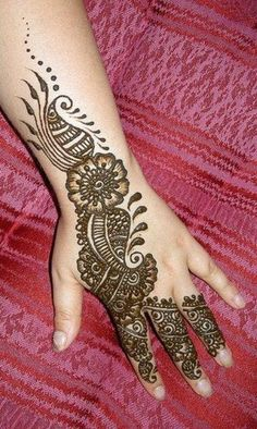 Stylish Hand Mehndi Designs