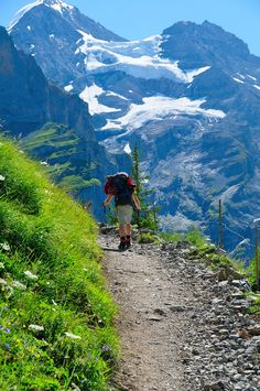 Hiking Trail in the Swiss Mountains with an awesome view! Camping And Hiking, Hiking Trails, Backpacking, Outdoor Life, Outdoor Fun, Trekking, Adventure Is Out There, The Great Outdoors, Kayaking