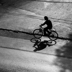 Bicycle and shadow // bisiklet ve gölge #bws_streets #portraitoftheday #noirlovers #noiretblanc #siyahbeyaz #street_perfection #streetphotography_bw #streetphoto_bw #street_photo_club #streetphotographybw #streetphotographybnw #bws_streets #bw_divine #bw_photooftheday #bwfever #bnw_demand #bnw_planet #hikaricreative #hartcollective #turk_kadraj #turkeystagram #turkobjektif #turkinstagram #documentaryphotography #Izmir #myspc17 #life_is_street #storyofthestreet #bwmasters #streetscenesmag…