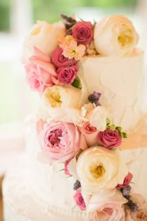 Gallery & Inspiration | Category - Cakes | Page - 32 - Style Me Pretty