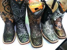 Ferrini Boots. Yes. Please♥
