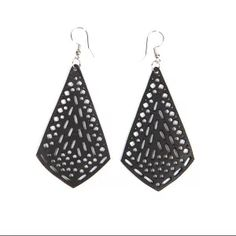 Diamond Sapu Earrings made from recycled inner tubes in Cambodia