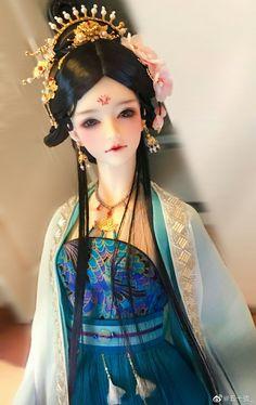 Chinese Dolls, Pink Sand Beach, Asian Doll, Painting Of Girl, Yukata, Hanfu, Bjd Dolls, Ball Jointed Dolls, Angel