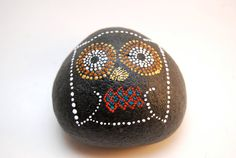 Owl / Painted Stones