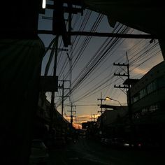 I discovered this stream of photos using phlow Travel Wallpaper, Utility Pole, Sunsets, Architecture, Nature, Photography, Arquitetura, Fotografie, Photograph