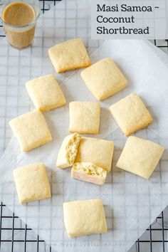 Masi Samoa are flaky, buttery, coconut shortbread from Samoa, one of the Polynesian countries. These cookies are easy to prepare, not very sweet and just perfect to have with some tea or coffee. Great treat for those who do not have sweet tooth. Shortbread Cookies, Yummy Cookies, Delicious Cookie Recipes, World Recipes, Coconut Milk, Cornbread, Sweet Tooth, Treats, Ethnic Recipes