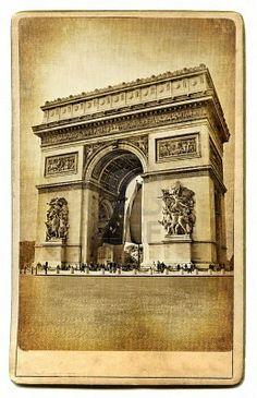 Vintage Arc de Triomphe post card..