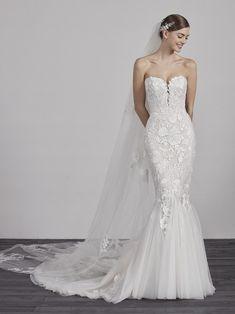 18 beste afbeeldingen van Wedding dresses in 2019 - Bridle dress ... 93d47e0dfe10
