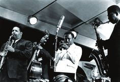 "[left to right] Julian ""Cannonball"" Adderley, Paul Chambers, Miles Davis and John Coltrane performing at the 1958 Newport Jazz Festival, Newport Rhode Island (courtesy of Frank Driggs Collection) Miles Davis, Jazz Artists, Jazz Musicians, Cannonball Adderley, Newport Jazz Festival, Paul Chambers, Red Garland, Contemporary Jazz, Free Jazz"