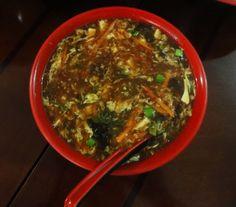 Sopa Agri-Picante. Deliciosa. Restaurante He Cheng el Mejor Restaurante Chino de Barcelona.