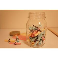 瓶に幸せを閉じ込めたい♡ゲストからのメッセージを集めて『メモリージャー』を作りましょ♩ | marry[マリー]