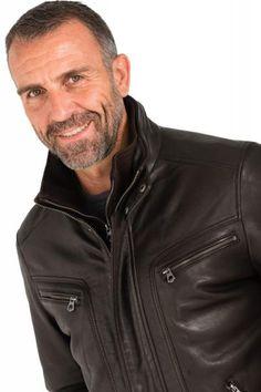 Pepe Jeans, Jeans Slim, Mature Men, Leather Jacket, Jacket Men, Pull, Husband, Mens Fashion, Men Wear