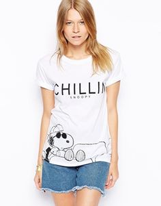 ASOS+T-Shirt+with+Snoopy+Chillin+Print