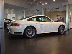 2004-Porsche-996-Turbo-on-1 White