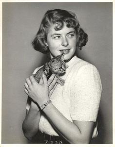 0 ingrid bergman with kitten