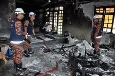 Tin tức ở Malaysia vào ngày 11/01, một đám cháy bùng phát trong phòng khách của một ngôi nhà liền kề tại Kuala Ibai, Terengganu, Malaysia. Đám cháy này cũng đã cướp đi sự sống của anh Ahmad Fakhrurazi Shafie, 45 tuổi.