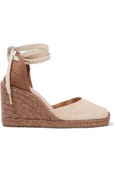 Si aún no tienes unas esparteñas no puedes esperar más. Verano tras verano este calzado inunda nuestras calles para hacer de tu look el más cómodo y envidiado. #sandalias #esparteñas #esparto #verano #summer #look #fashion