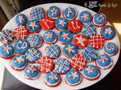I had a great time this past weekend at the EVO Conference. You can read all about it here. Oh say, can you see? These bright and cheerful patriotic cookies are going to be great for your 4th of J…