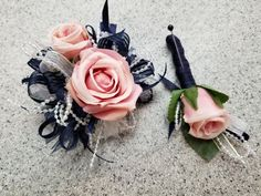Navy, Pink and White Silk Flower Wrist Corsage set with boutonniere by GalleryFloristSilks on Etsy Homecoming Flowers, Prom Flowers, Wedding Flowers, Homecoming Corsage, Homecoming Hair, Prom Hair, Wedding Bouquets, Flowers For Mom, Navy Flowers