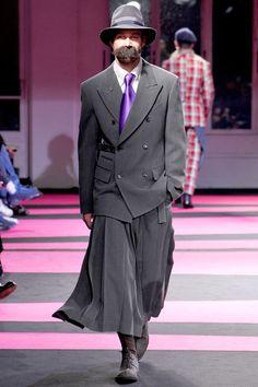 .Yohji Yamamoto fall 2013 mens fashion #yohjiyamamoto #ParisFashionweek