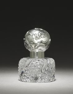 Inkwell, c. 1899, by Fabergé, in cut glass and silver.